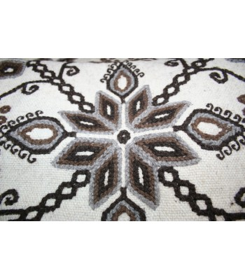 Traditional Mazahua Hand-Embroidered Wool Shawl in Ivory with grey and brown motifs