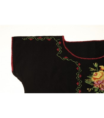 Hand Embroidered Huanengo in Black with Flowers