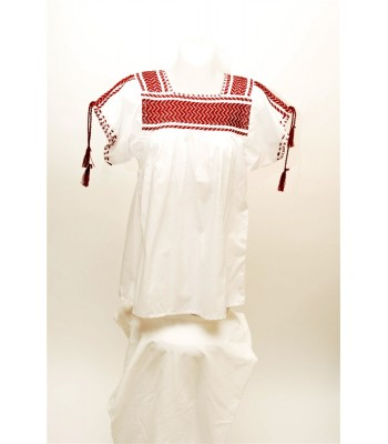 Hand Embroidered Huanengo in White with a Basting Technique in Red