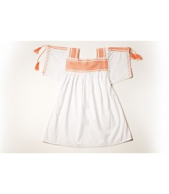 Hand Embroidered Huanengo in White with a Basting Technique in Peach
