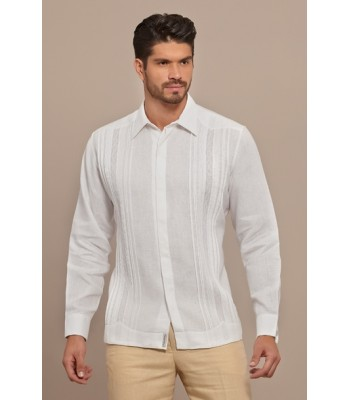 White Pleated Linen Guayabera with Hidden Buttoning, size 42.