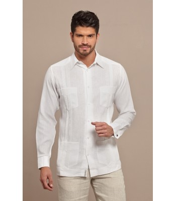 "White Pleated Linen ""Traditional"" Guayabera, size 40."