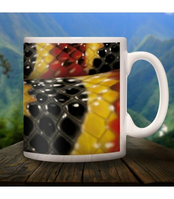 Coral Snake collector's mug in ceramic with designs of the common animals found in Chiapas.