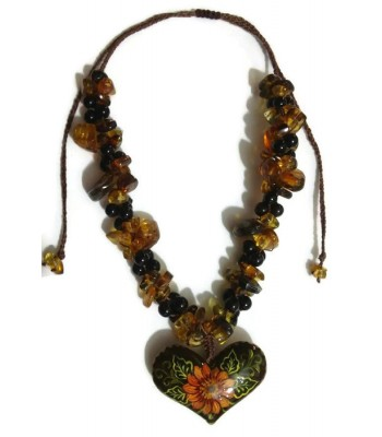 Kanojot macramé and amber necklace
