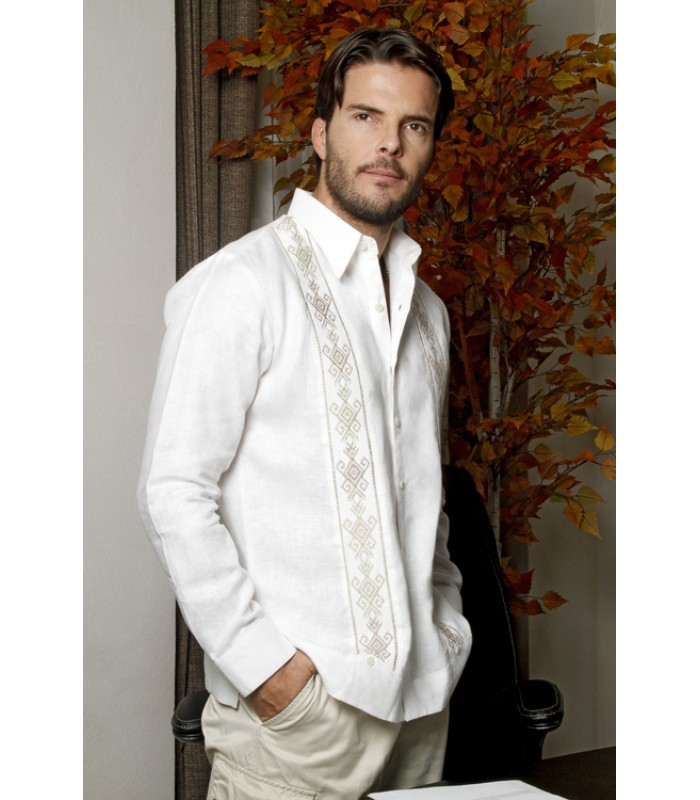 White Linen Chiapas Shirt with hand embroidery in ivory color, size 42.