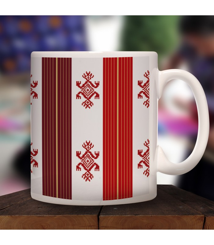 Pantelhó collector's mug in ceramic with designs representing Chiapas textile styles.