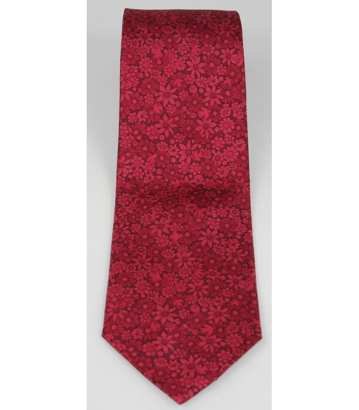 Tree of Life Pineda Covalin Silk Tie in Red