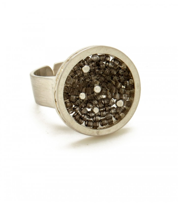 Constellations Upsala Small Ring in Sterling Silver and Crystal Beads in Dark Grey