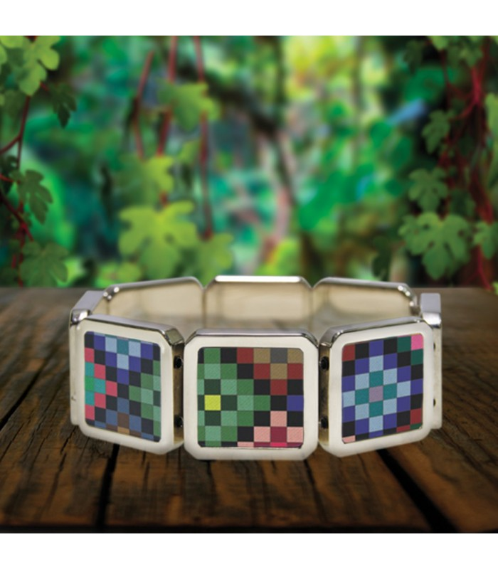 Tumbalá bracelet in stainless steel with designs representing Chiapas textile styles.